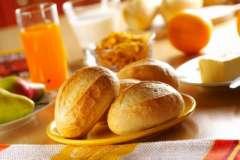 Вкусные рецепты: Картофель и помидоры, фаршированные сельдью, баклажанные рулетики с творогом, Рассольник с белыми грибами и печенью